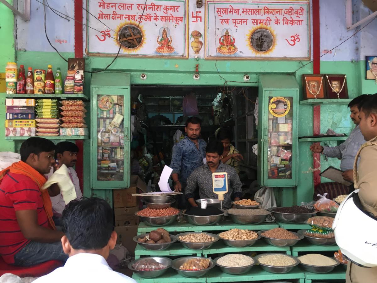 Mat og medisin ved bredden av Ganges
